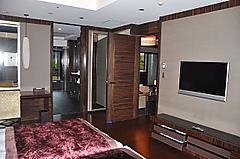 201111050612